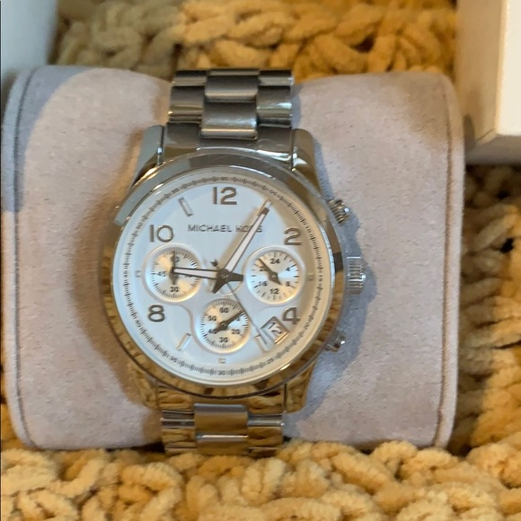 Michael Kors Accessories - Michael Kors Mini Bradshaw Silver-Tone Watch